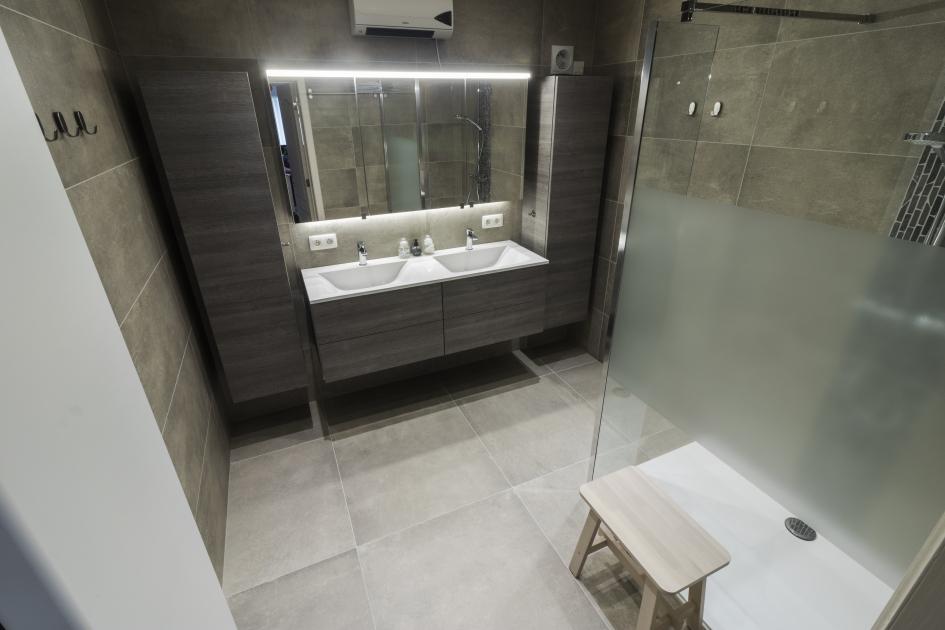 Nieuwe Badkamer Limburg : Mozaver totale badkamerrenovatie in limburg
